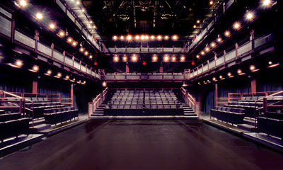 Photo of Wells-Metz theatre